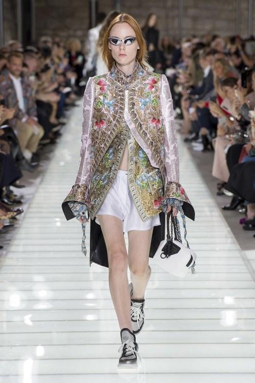 Louis Vuitton Collection Spring/Summer 2018
