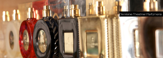 Die Kleine Theatiner, Parfümerie
